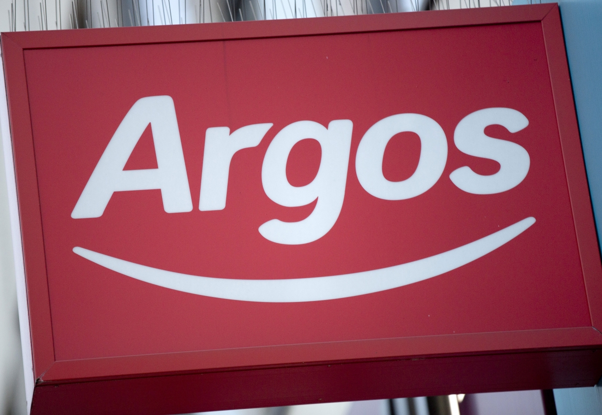 Argos launches same-day delivery across UK in bid to woo Christmas shoppers