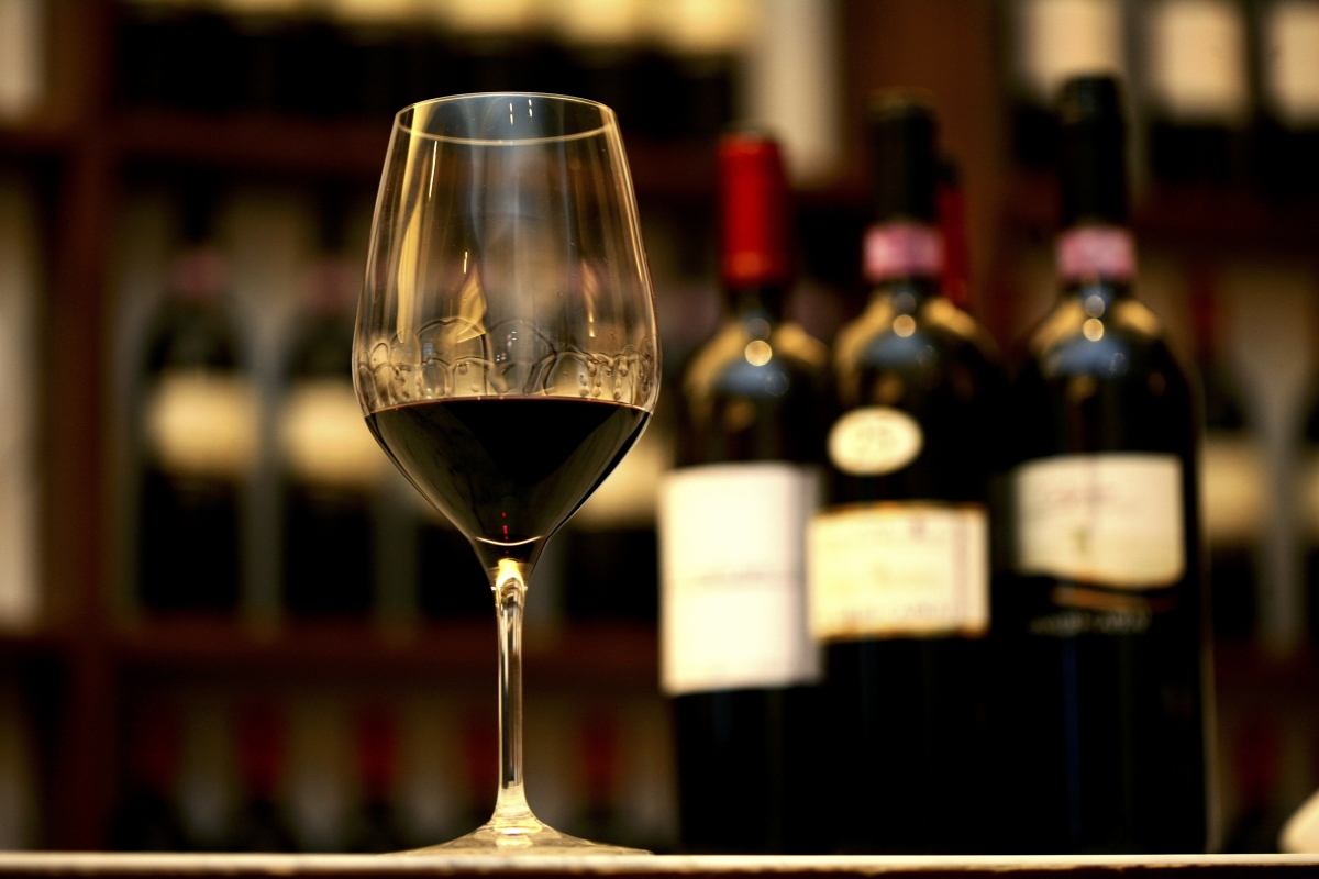 Italy beats france to become world largest wine producer for B b in italia