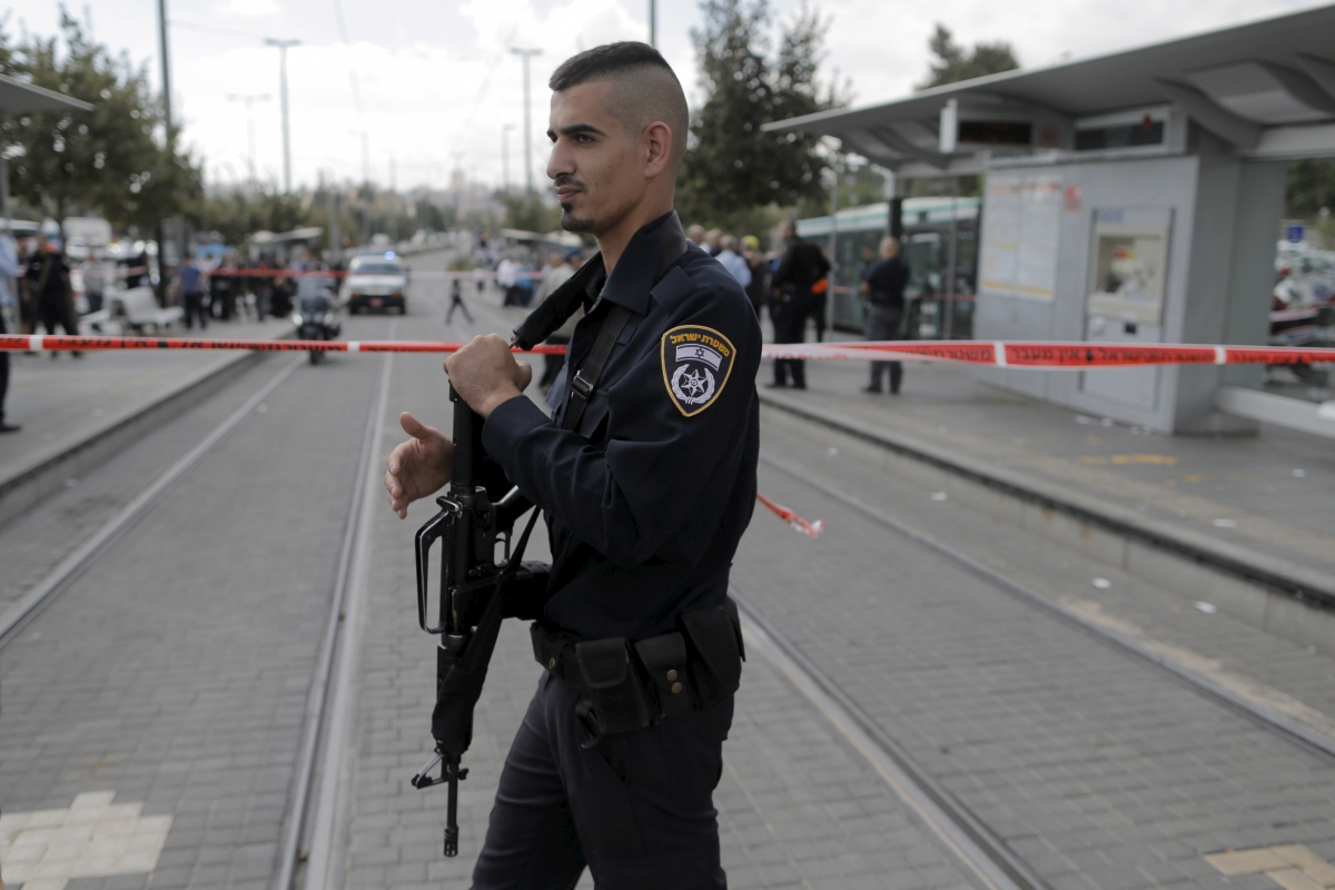 Israel Palestine violence stab attack
