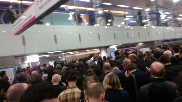 Hammersmith & City line delays