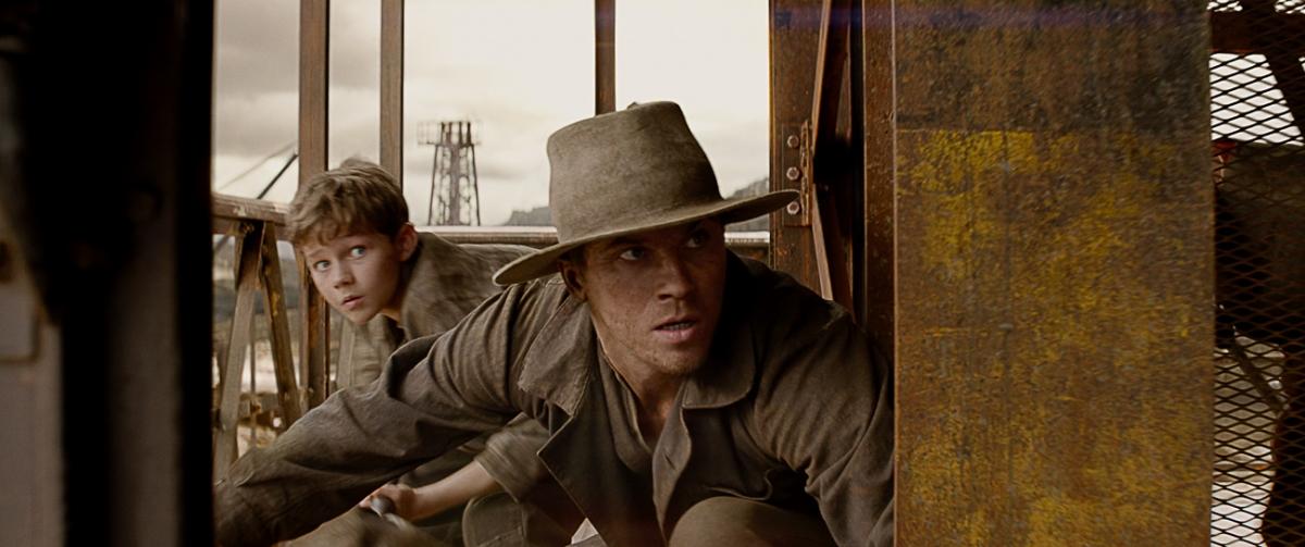 Garrett Hedlund and Levi Miller in Pan