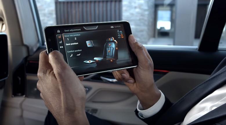 BMW 7-Series tablet