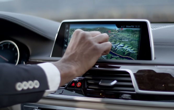 BMW 7-Series touch screen dashboard