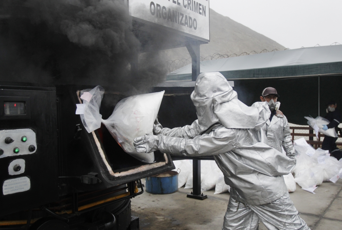 Peru: Authorities burn 2 tonnes of cocaine