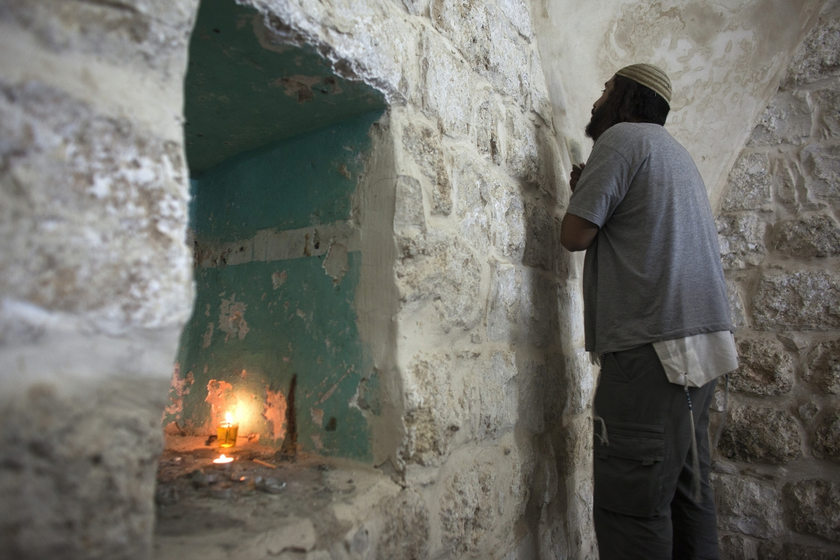 Nablus Joseph tomb torched