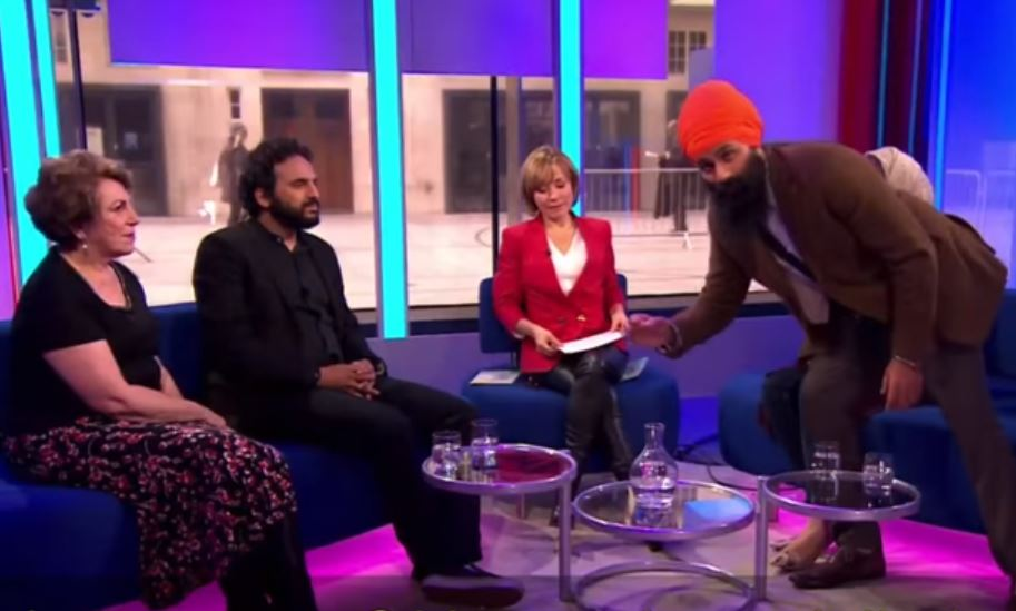 Sikh man protests on BBC live show