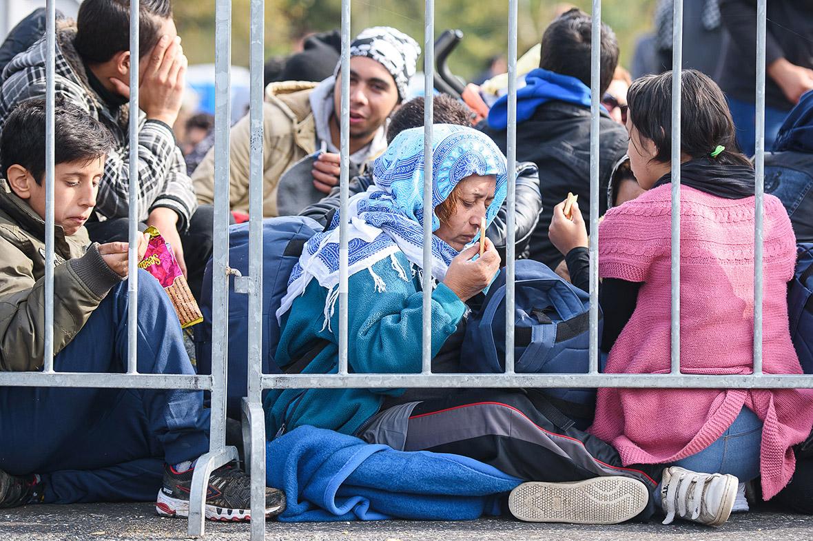 Migrants Hungary Slovenia
