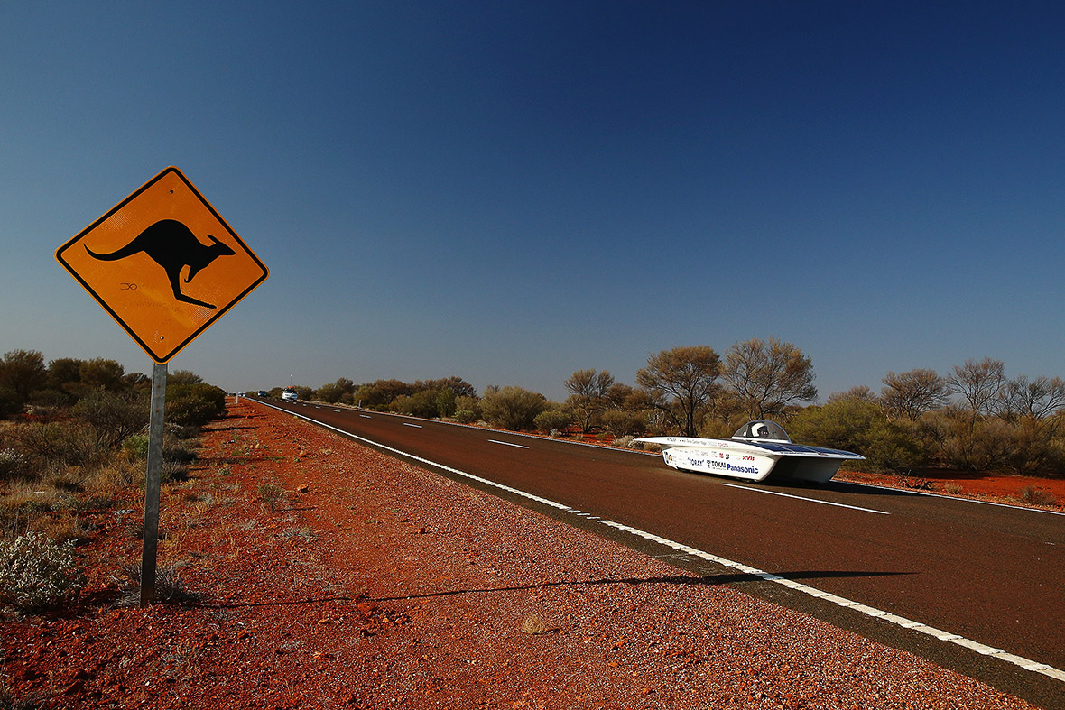 World Solar Challenge 2015 Solar Powered Electric Cars