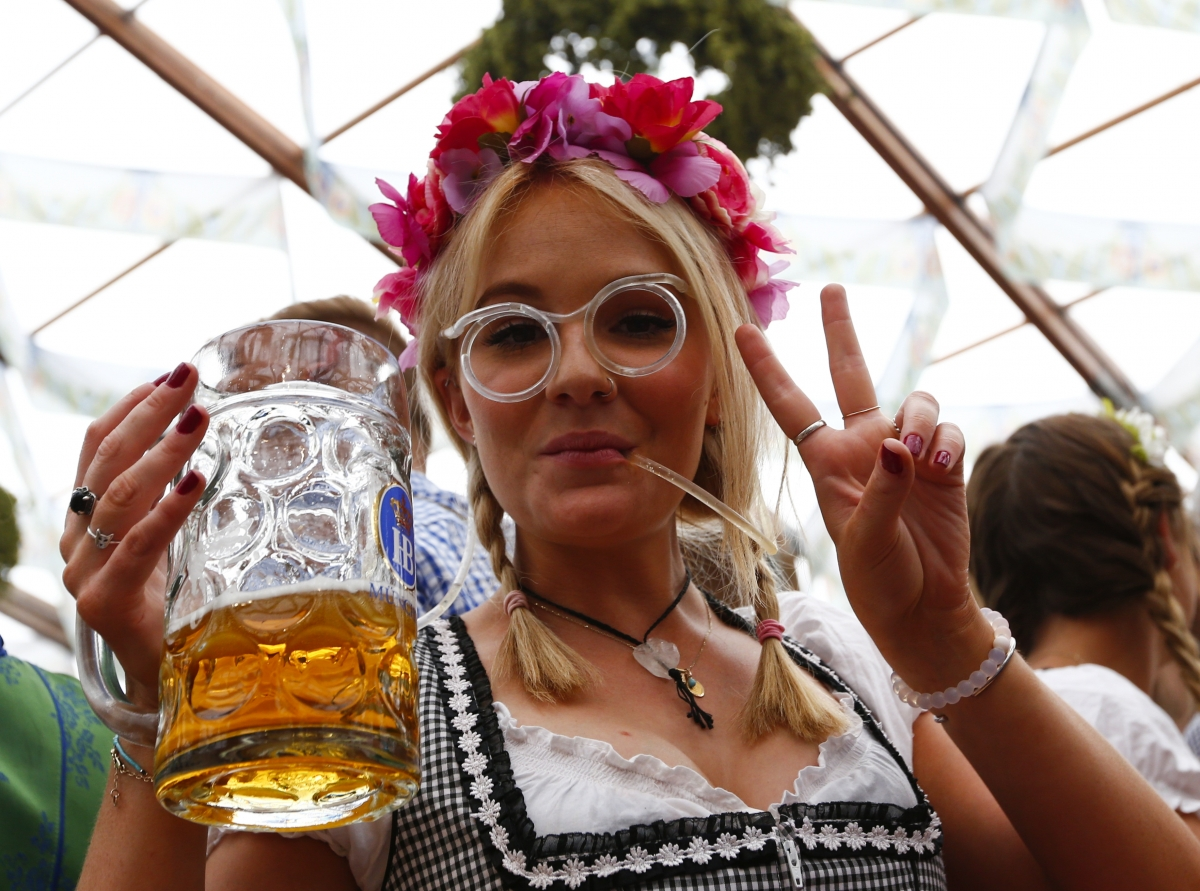 beer drinker at oktoberfest