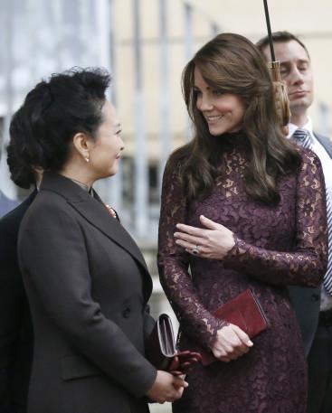 Duchess of Cambridge and Madame Peng Liyuan