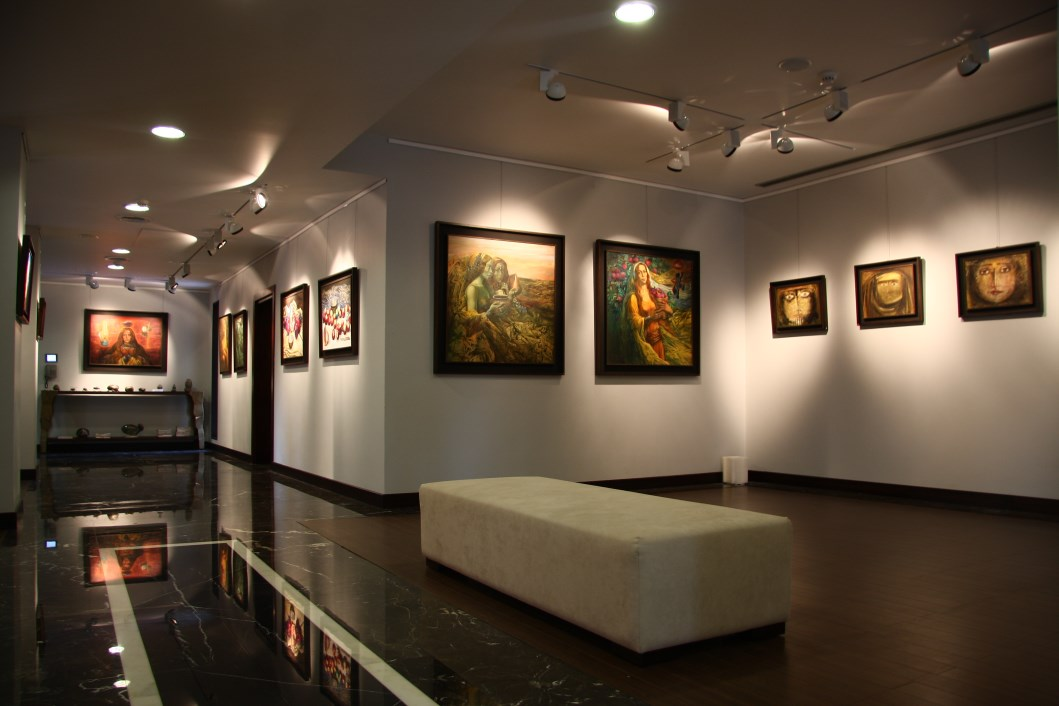 Tajalliyat art gallery