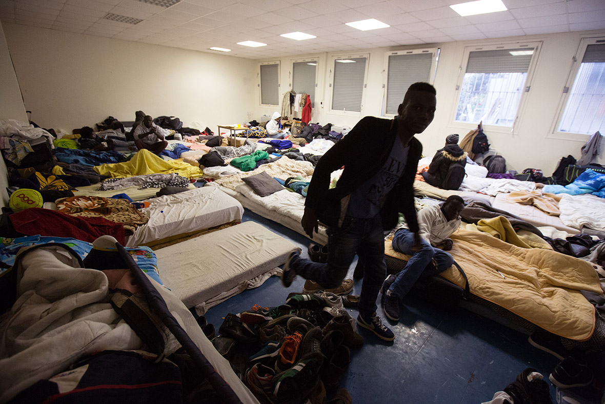 migrants Paris school