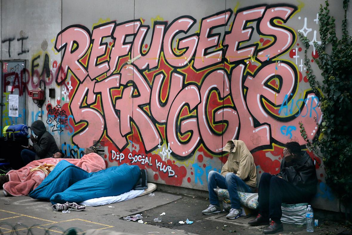 migrants Paris school