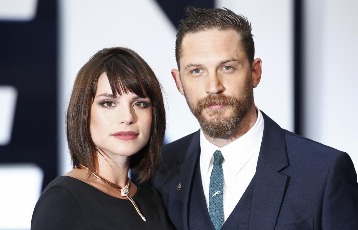 Tom Hardy and wife