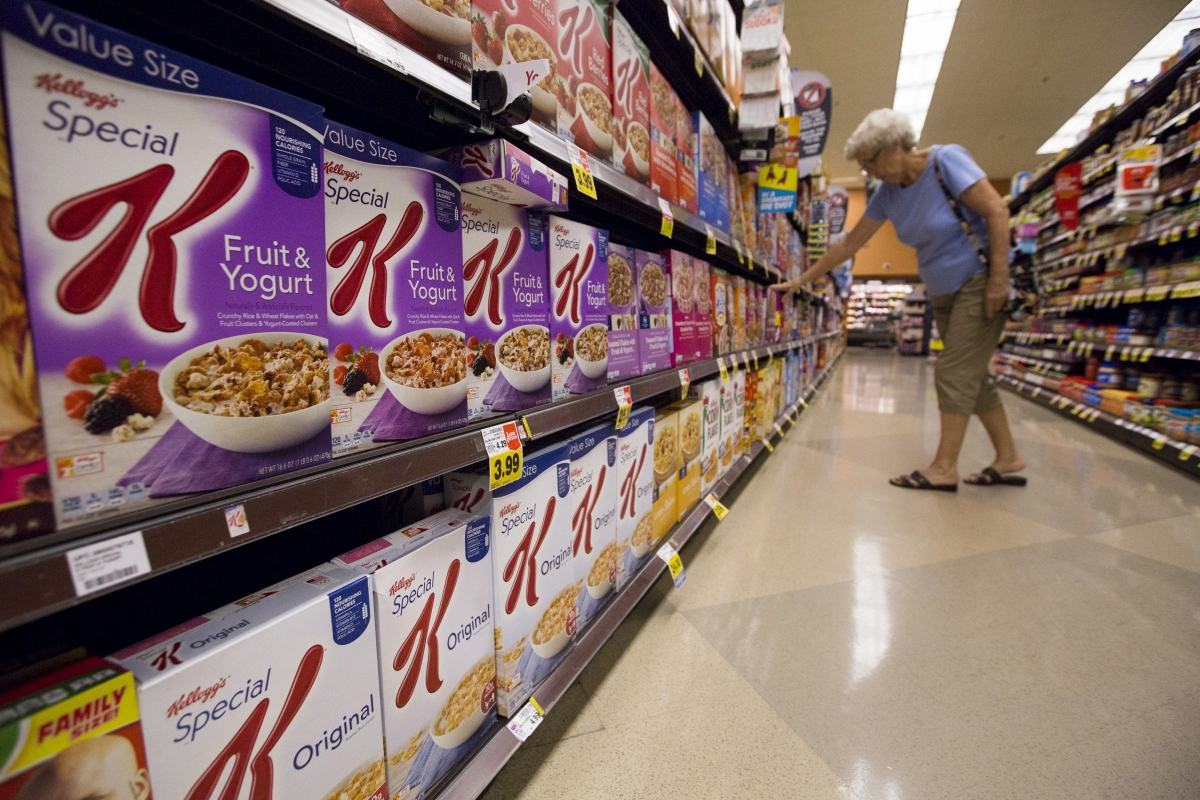 Kellogg eyes snack maker Diamond Foods; deal could be about $1bn
