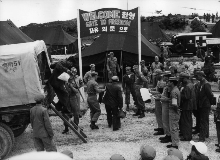 A US/North Korean prisoner exchange takes placein1953