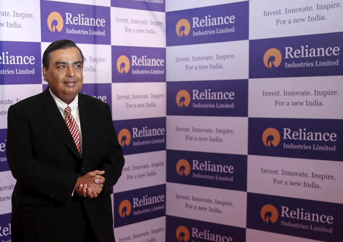 Billionaire Mukesh Ambani's RIL to battle it out with Amazon, Flipkart and Snapdeal with ecommerce foray