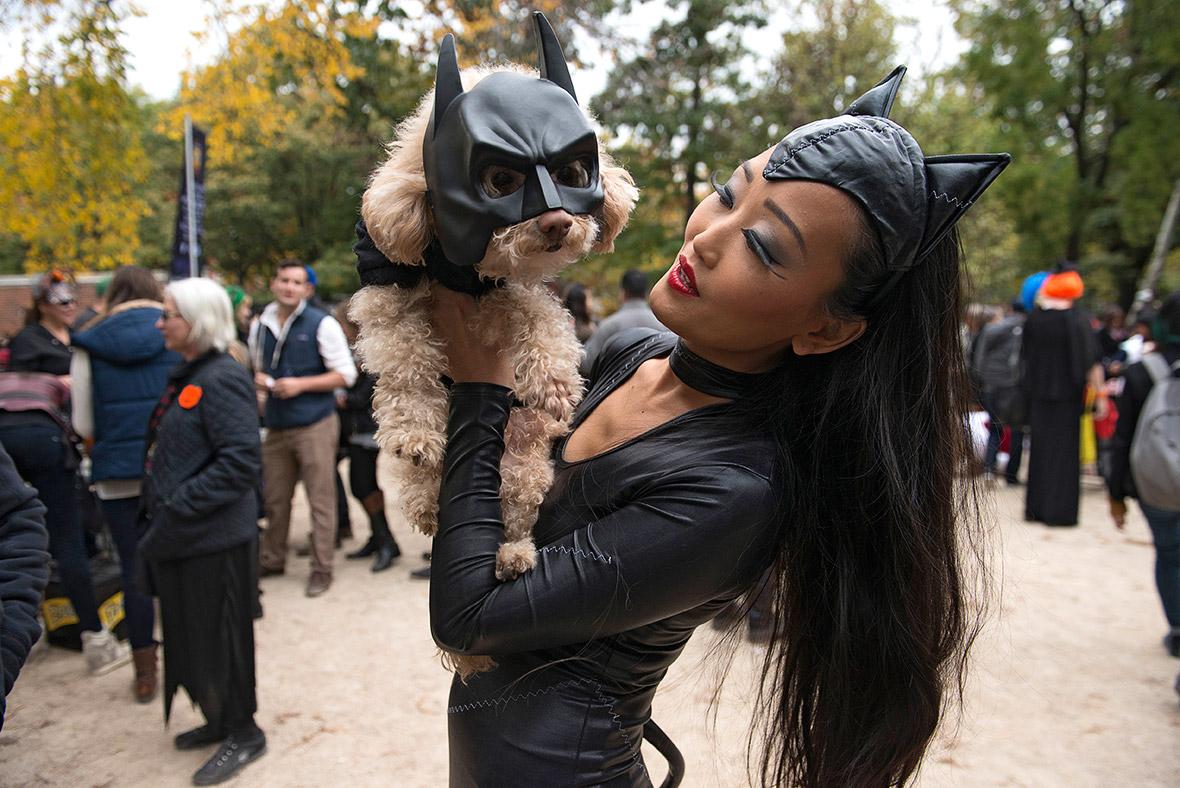 Halloween 2015 Pet costume ideas at New Yorku0027s Tompkins Square Dog Parade [Photos]  sc 1 st  IBTimes UK & Halloween 2015: Pet costume ideas at New Yorku0027s Tompkins Square Dog ...