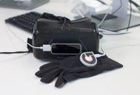virtual reality glove haptic surgery