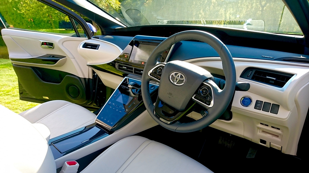 toyota mirai first drive. Black Bedroom Furniture Sets. Home Design Ideas