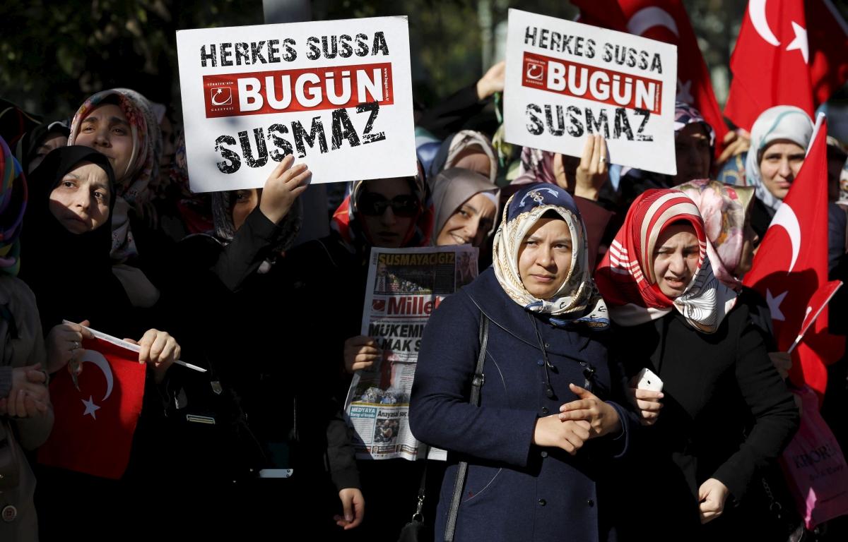 Hizmet movement supporters, Istanbul