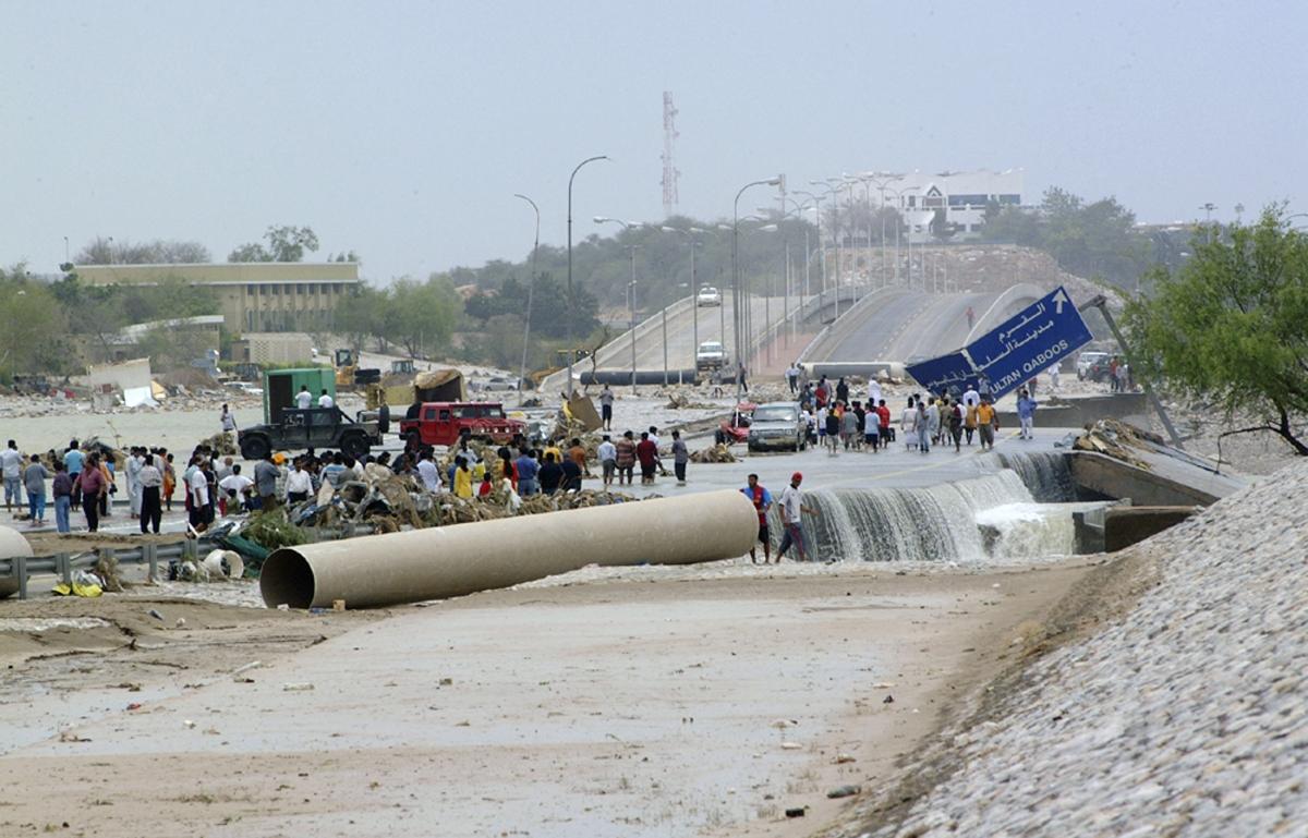 Cyclone Gonu destruction in Oman