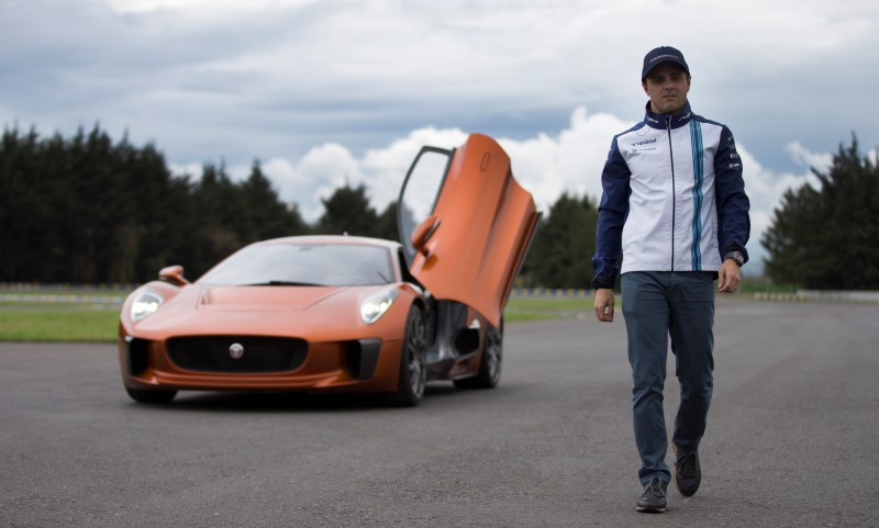 mexico grand prix 2015 felipe massa plays bond baddie in spectre car. Black Bedroom Furniture Sets. Home Design Ideas
