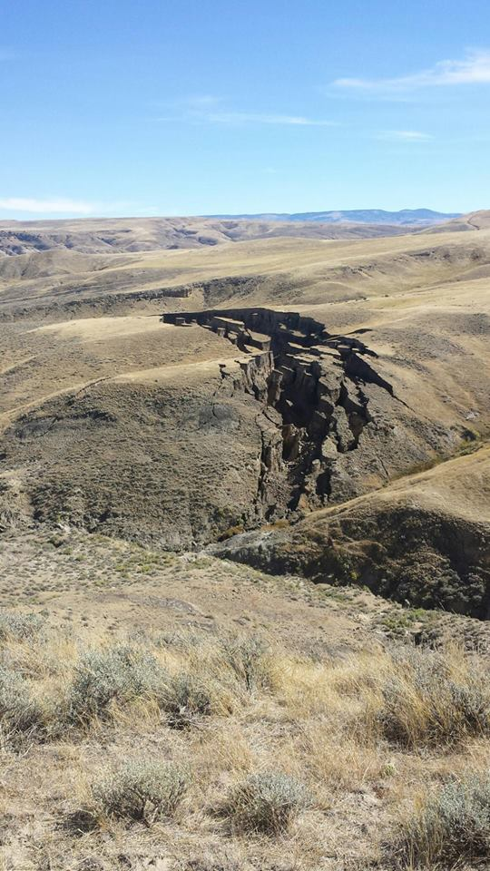 mystery crack wyoming