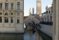 China creates copycat version of Venice offering gondola rides