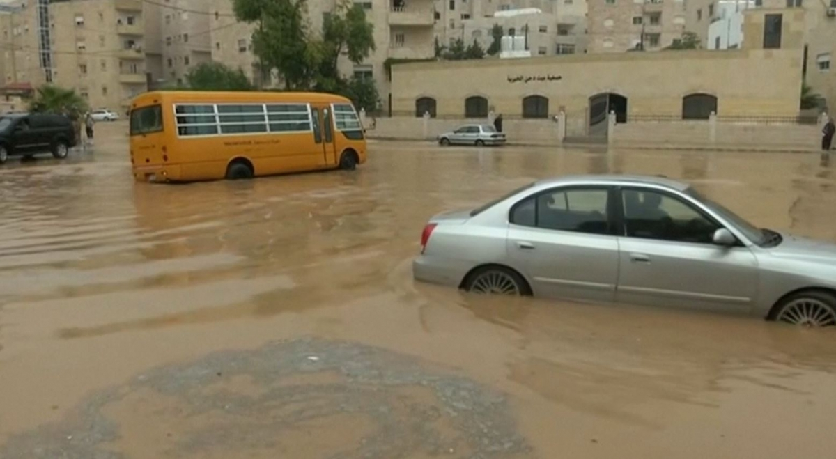 Jordan Heavy Rain Causes Flooding Chaos In Amman
