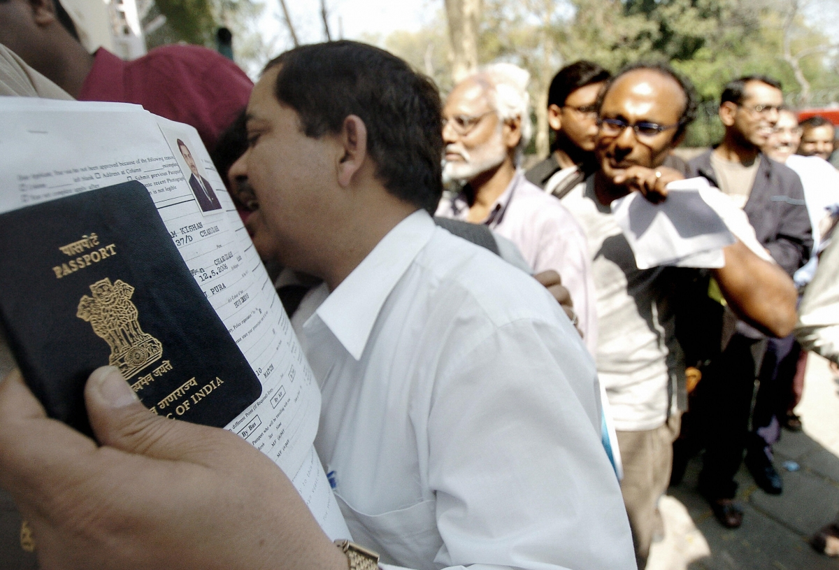 Indians wait to get their visa