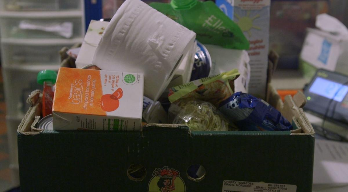 Food Bank: London food bank brings in financial adviser to help clients