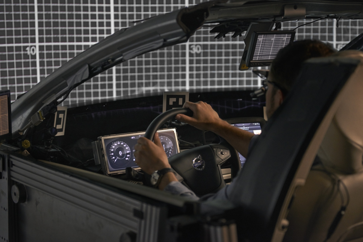 Self-driving car tested by Ericsson and Volvo