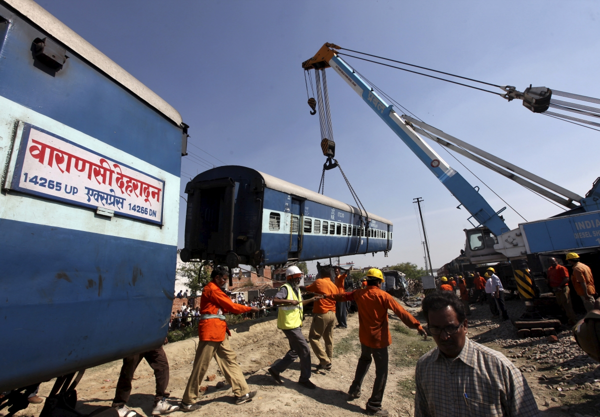 General Electric wins $2.6bn contract from Indian Government to supply locomotives
