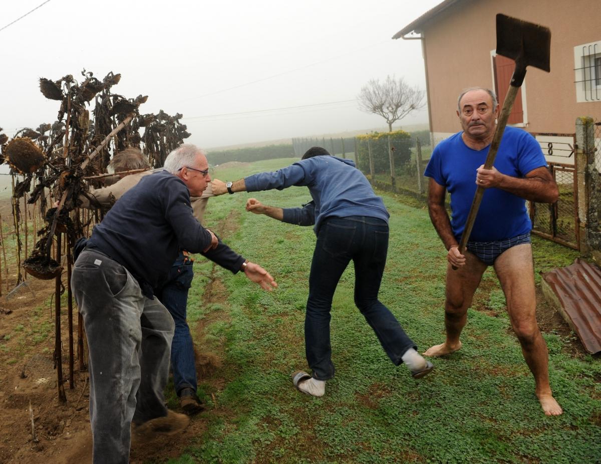 SlipGate France Spade Attack