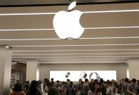 Apple manager apologises after its Australian store is accused of racism for ejecting African students