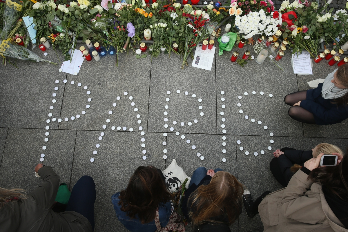 People show solidarity with victims of Paris