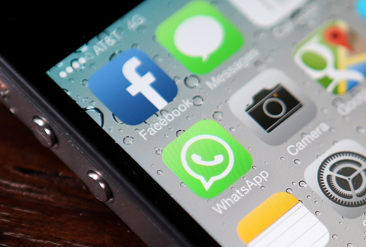 WhatsApp now free after scrapping subscription fee