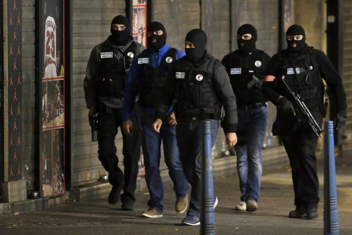 French police in Saint-Denis