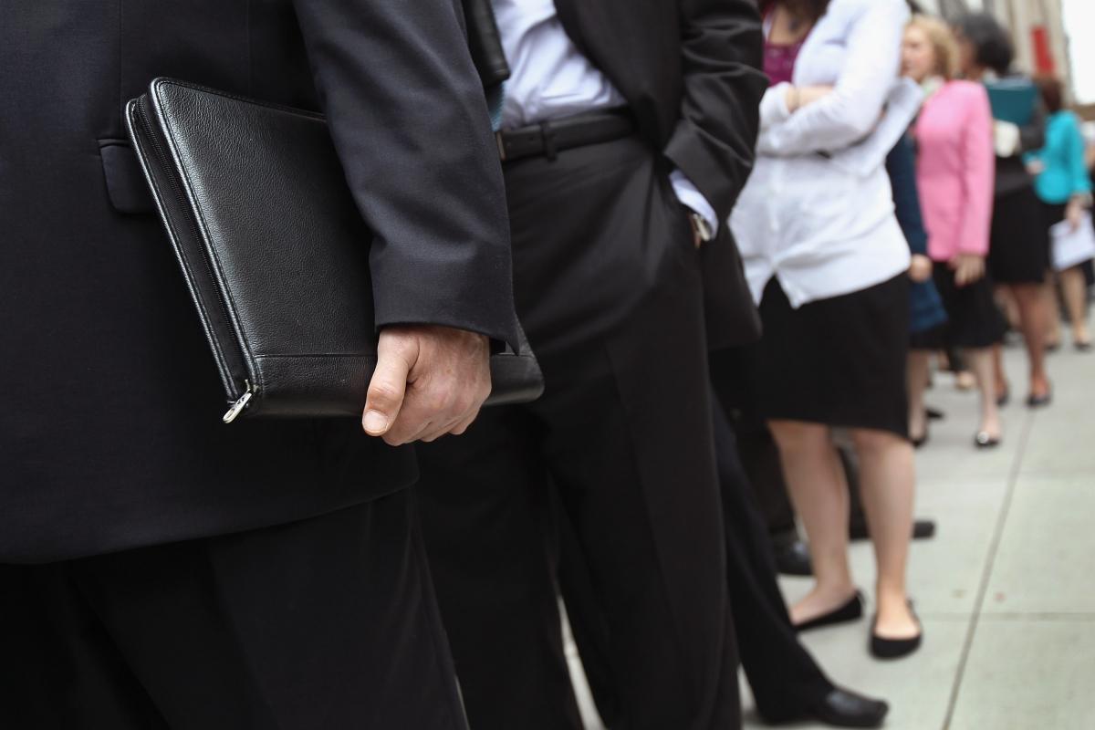 UK Gender pay gap: Women are paidabout18%lessperhourthanmen,IFSresearchshows