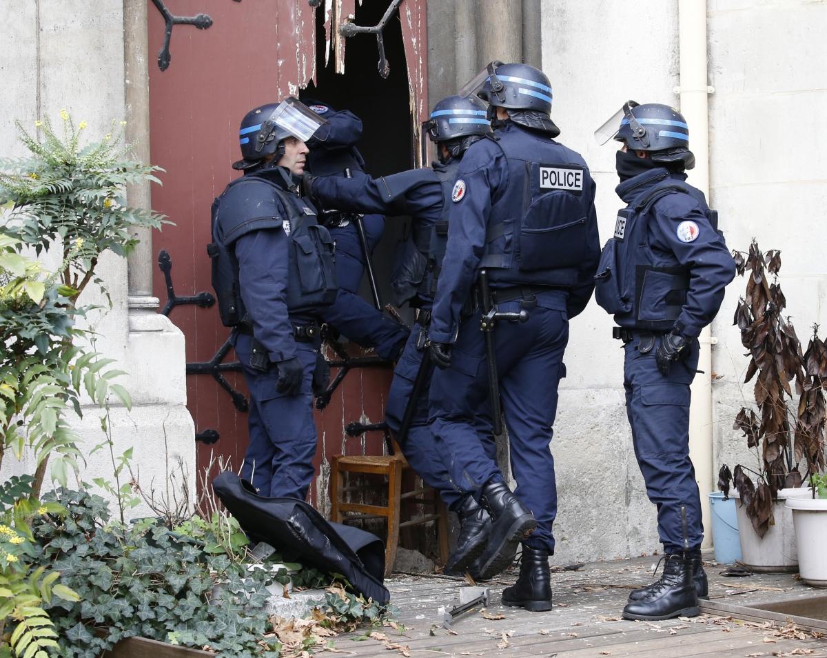 Saint Denis raid