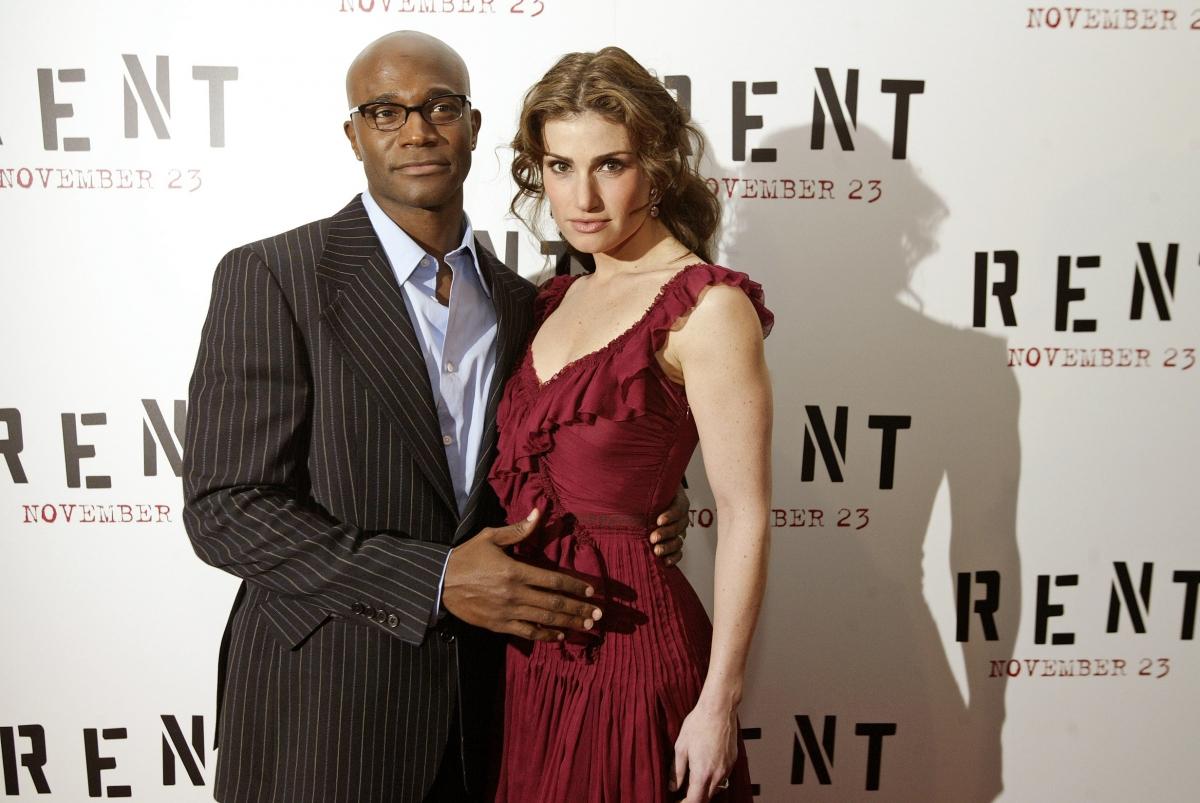 Taye Diggs & Idina Menzel Split — Couple Separates After ...  Idina Menzel And Taye Diggs Rent