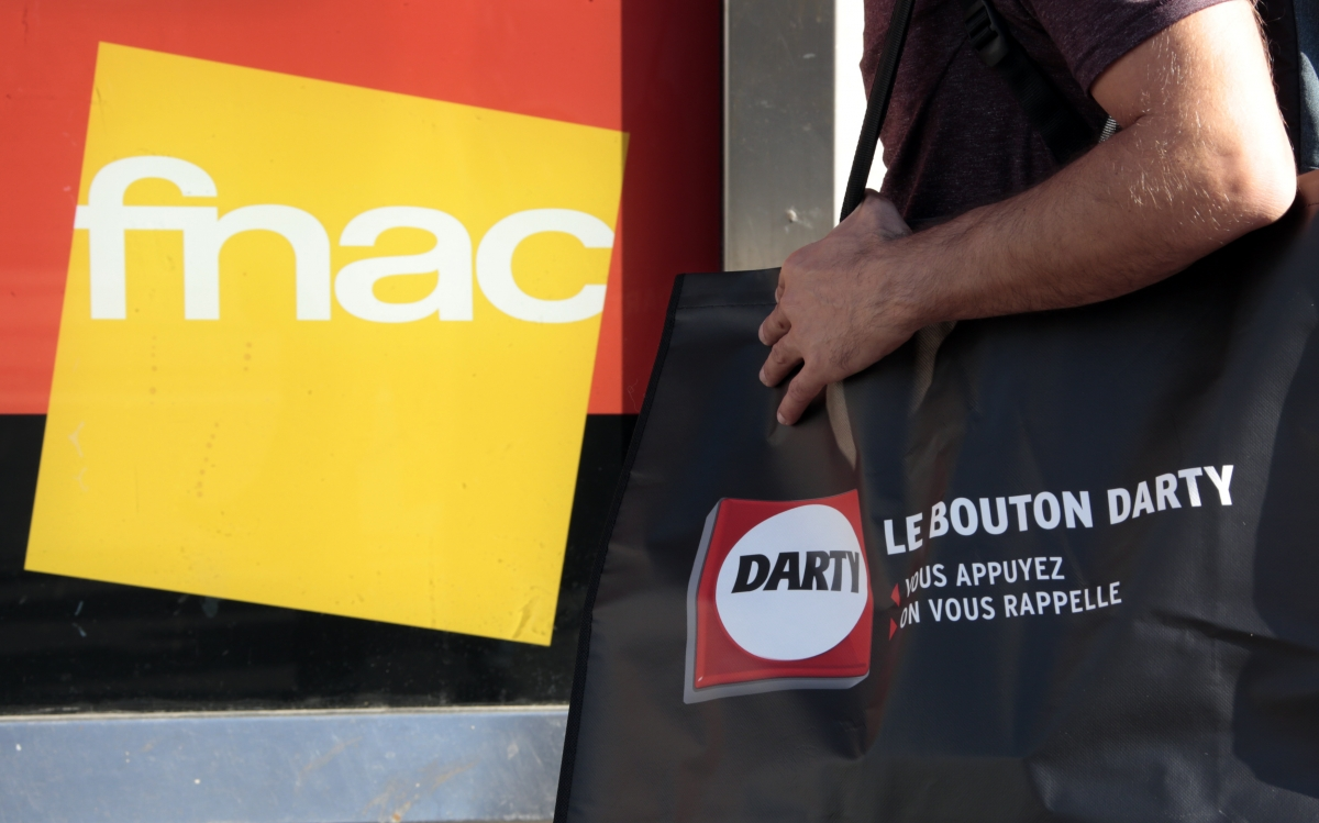 Fnac agrees to buy London-listed Darty for £558m