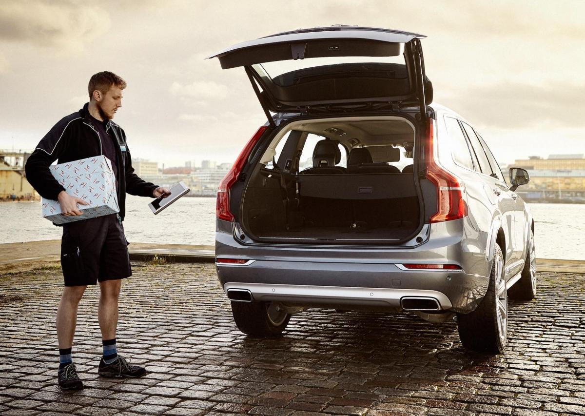 Volvo in car delivery service