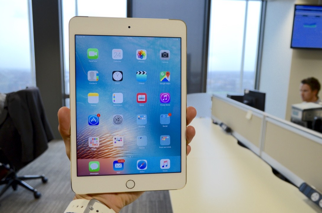 IPad Mini 4 Review: The Best Small Tablet Yet Brings Apple