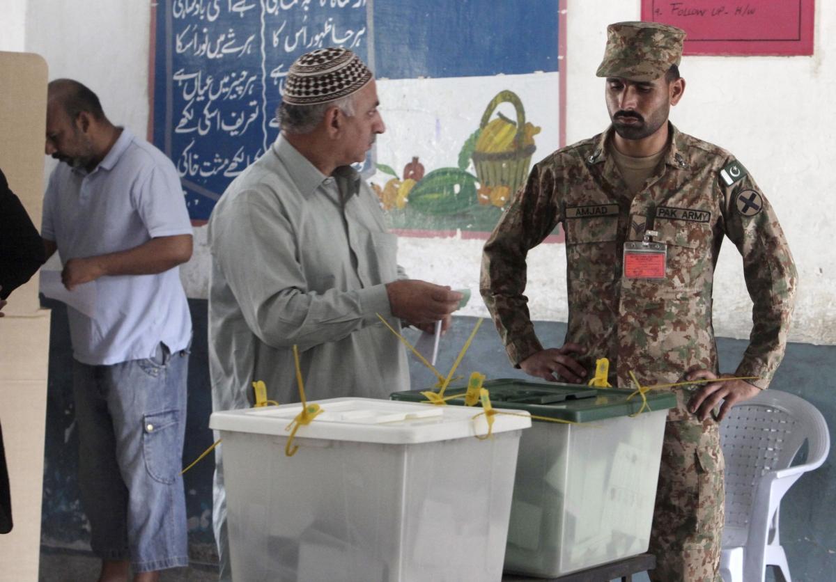 Voting in Pakistan