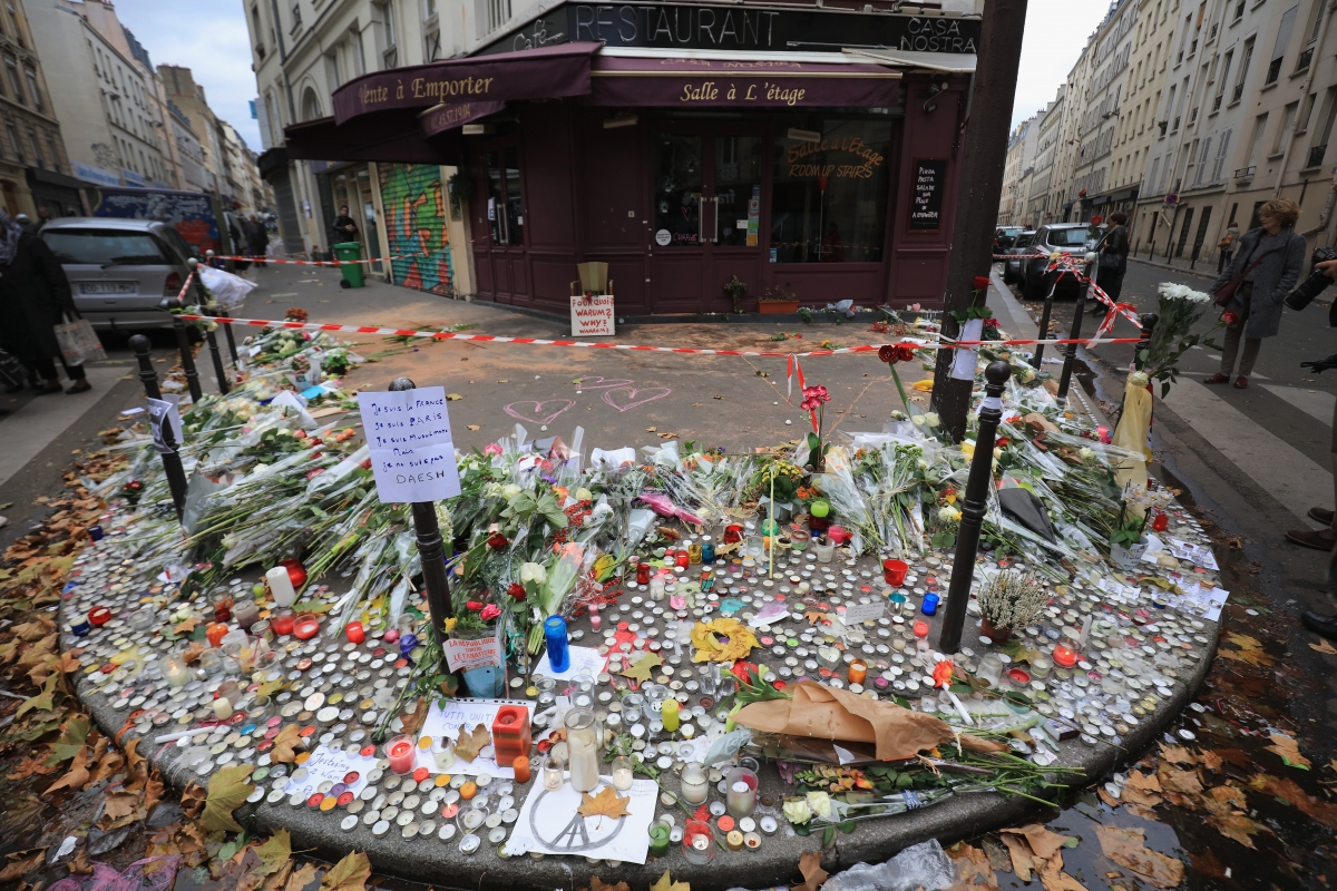 Paris attacks video casa nostra
