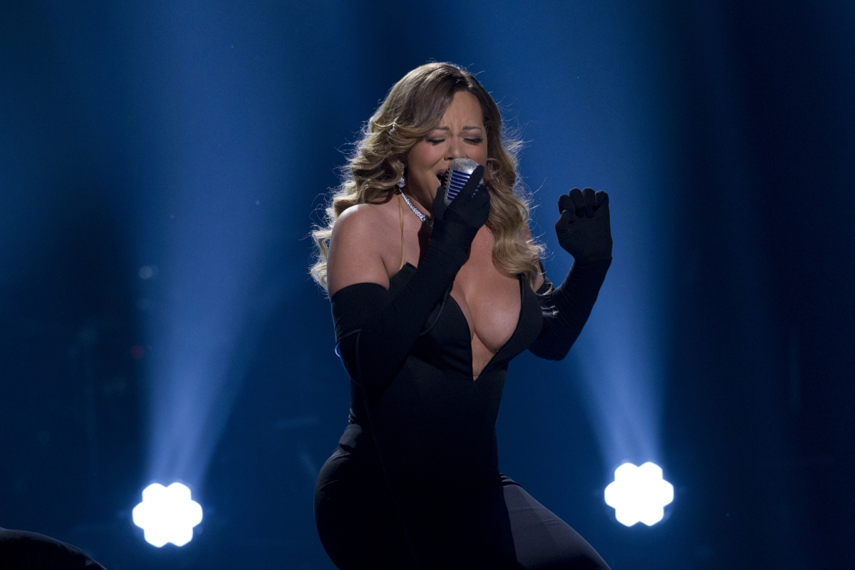 Mariah Carey performance