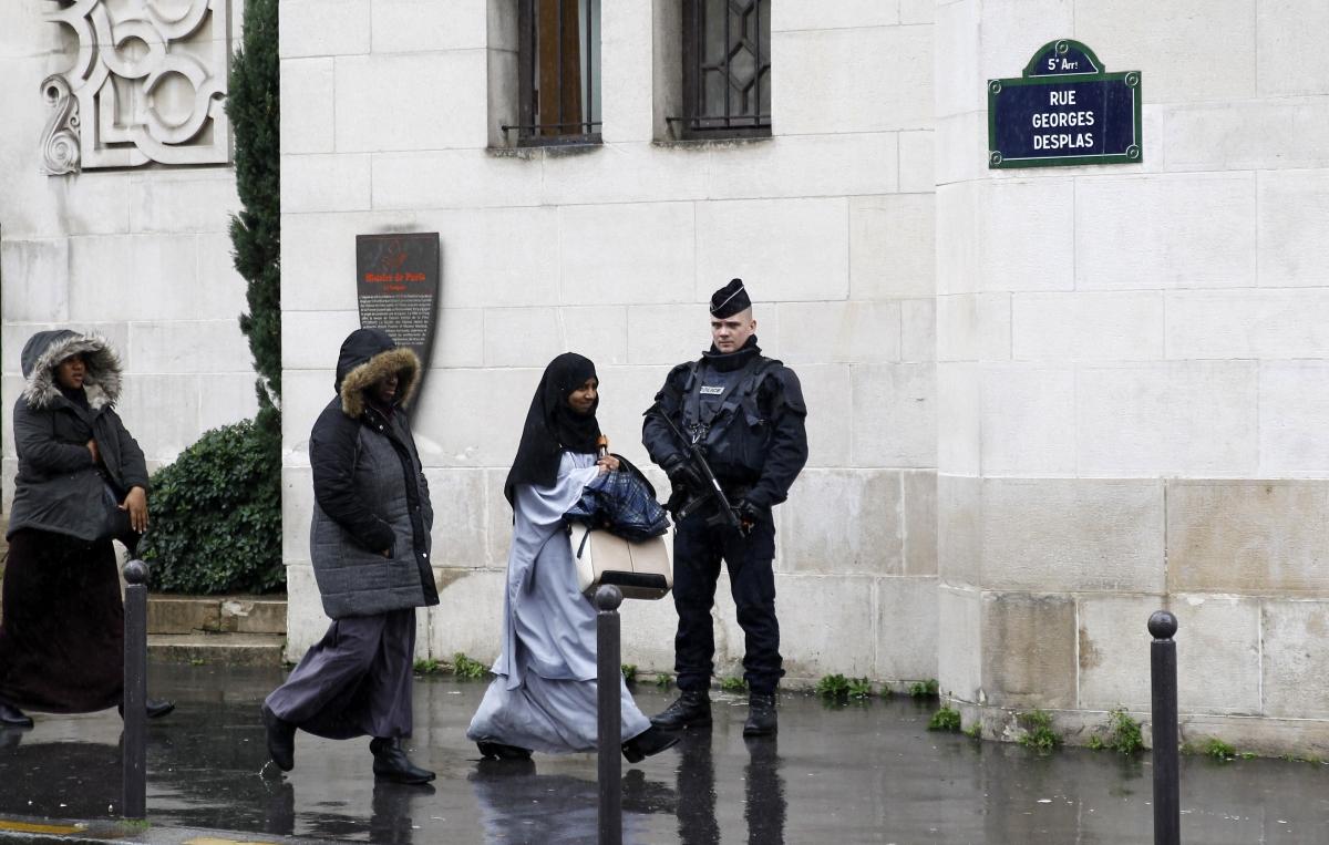 France headscarf ban