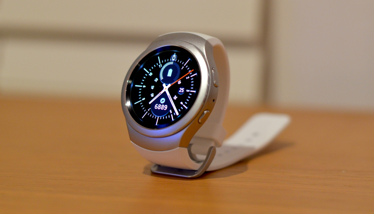 how to change the time on a samsung watch